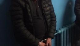 На станції метрополітену затримали зловмисників, які побили поліцейського