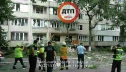 Смертельное ЧП в Киеве на Бурмистенко: взрыв в жилой квартире. Один погибший. ФОТО