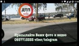 ДТП с пострадавшими: ВАЗ разбился о столб. ФОТО