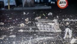 В центре Киева в доме по улице Крещатик, 29 обвалился балкон. 08.05.2018